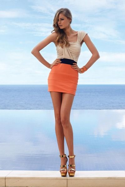 Orange skirt need to be a lil longer I have long legs and a short ...