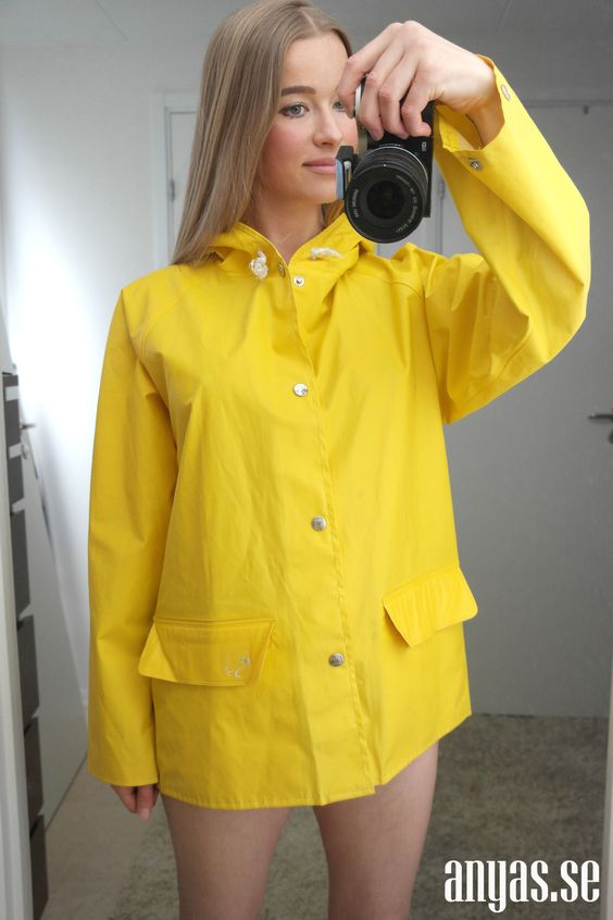 yellow helly hansen rain jacket stuff i like pinterest jackets rain and yellow. Black Bedroom Furniture Sets. Home Design Ideas