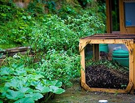 80 Items You Can Compost: Inspiring me to think about more ways to be good to my garden.