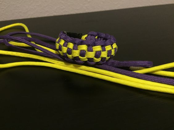 """Checkerboard"" Paracord Bracelet"