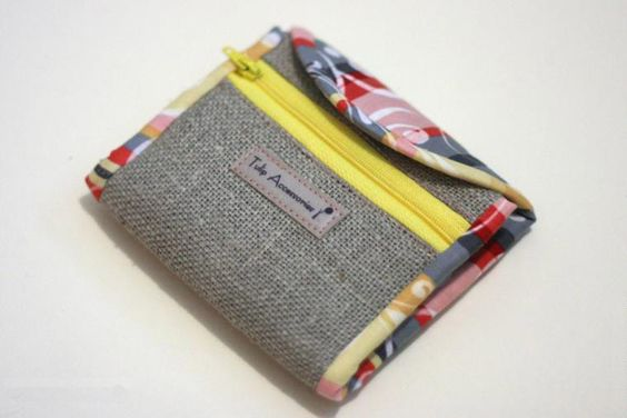 Coin Purse Pouch. Free pattern, quick and easy to sew. Photo Tutorial...