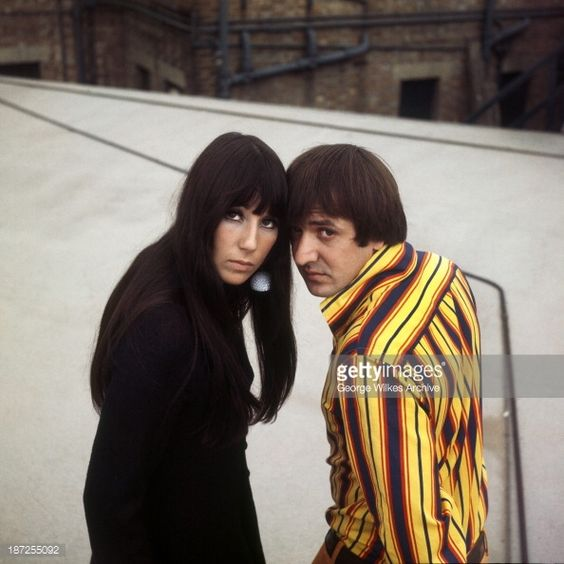 187255092-sonny-cher-were-an-american-pop-music-duo-gettyimages.jpg (594×594)