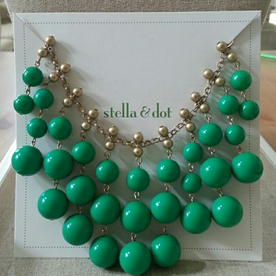 """A Jolie Stella & Dot Statement Necklace A Kelly green & gold beaded bib statement necklace with an adjustable gold chain. 24"""" total chain length with 3"""" extender, lobster clasp closure. Brand NIB. PRICE IS FIRM. TRADES/PP Stella & Dot Jewelry Necklaces"""