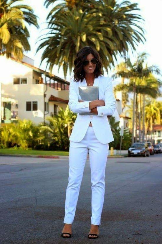 outfits blanco con pantalón
