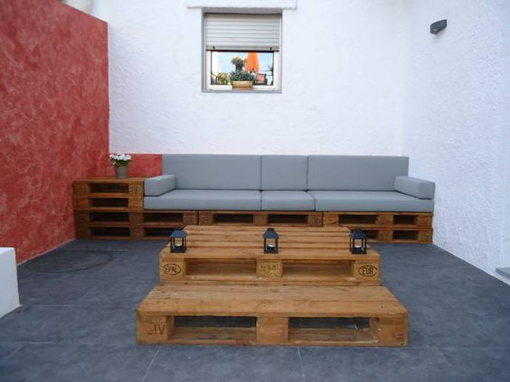 Chill outs y muebles con palets ideas aladro i puig - Sofas con palets ...