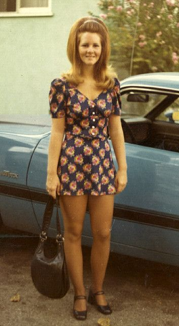 70's-and yes, mini-skirts and dresses really were that short! | In ...