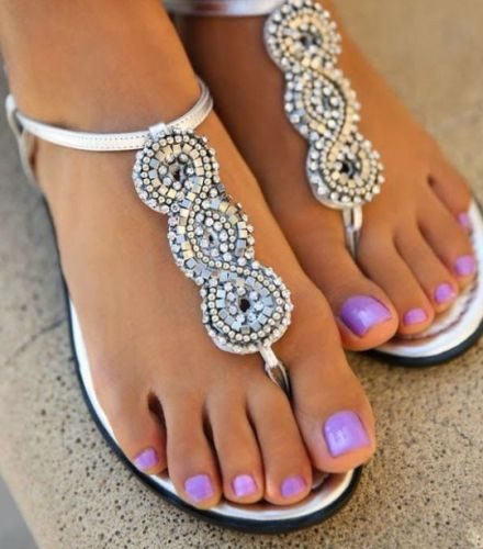Beautiful Purple Colored Toes in Sandals! www.nailmypolish.com