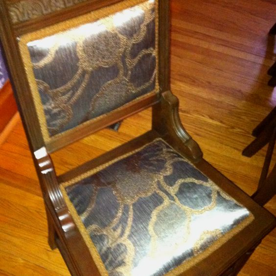 Newly dressed antic chair. :)