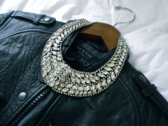 "Elizabeth Cole jewelry ""Taylor"" necklace- where have you been all my life?"