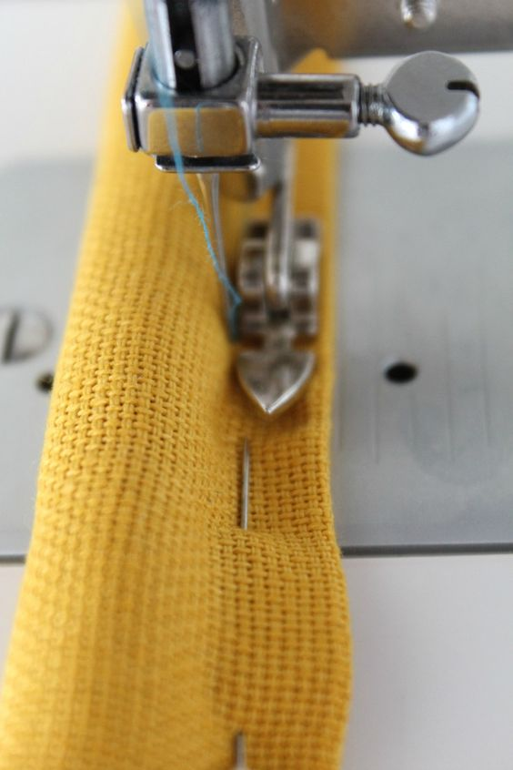 Tips for sewing with canvas - Follow these simple, easy tips for sewing with canvas, and you'll soon be able to successfully make any fun diy crafts that require canvas, for you, your home or for gifts!