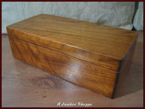 WOOD BOX Jewelry Knick Knack Keepsake Storage Container 10 3/4  X 5  X  3 1/4   http://ajunkeeshoppe.blogspot.com/