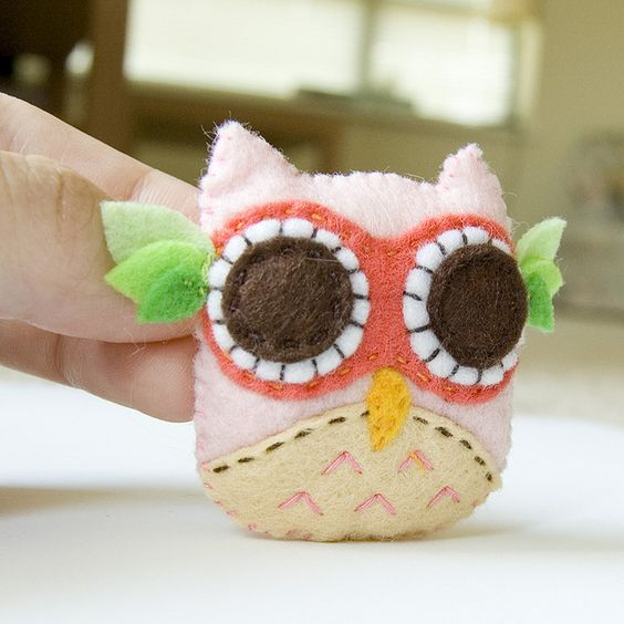 The cutest owl feltie!: Crafts And More, Felties Softies, Feltie Ideas, Artsy Crafty, Owl Feltie, Cutest Owl, Felt Felties, Craft Ideas