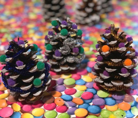 Les pommes de pin pour la décoration de Noël!
