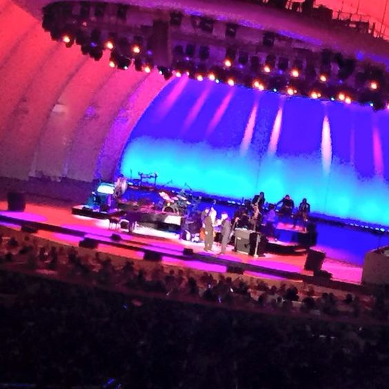 Harry Connick Hr. Gave a great performance last night at the Hollywood a Bowl!  Thank you!!