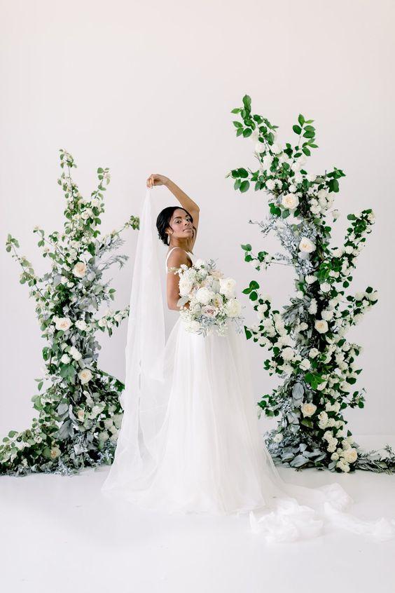 inspiratie sedinta foto mireasa nunta instalatie florala asimetrica naturala