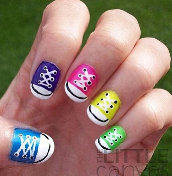 Nail Art Couture Converse Nail Art: Converse Shoes Nail Art!!