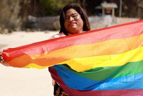 Ella es Hendrika Kelan: la primera funcionaria pública trans de Indonesia
