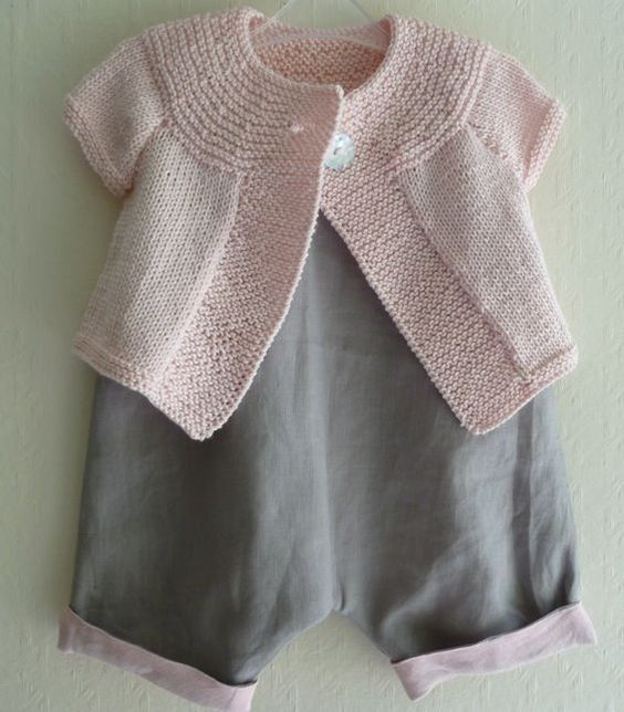 Knitting Blogs : Baby sweaters, Pink grey and The pink on Pinterest
