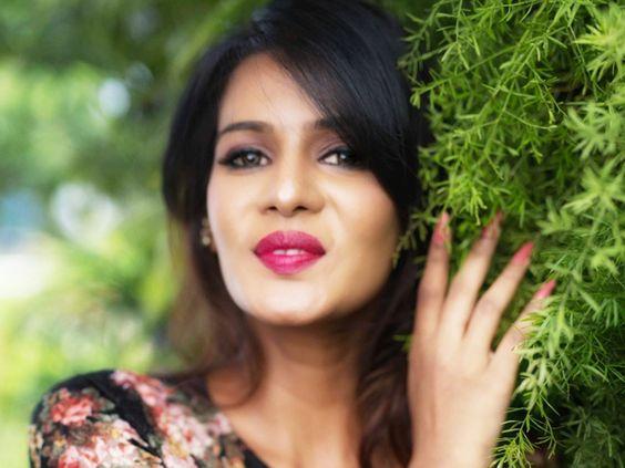 பிக் பாஸில் சீசன் 3 இல் மிஸ் சவுத் இந்தியா, நடிகை மீரா மிதுன்