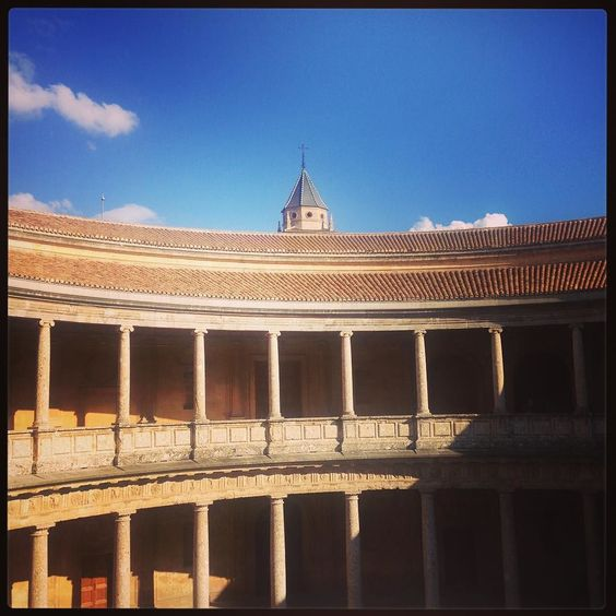#granada #spain #alhambra #amazing #worldtraveler #livinglife #globe_travel #worldwide #yogi #namaste #dreams by alantoohey