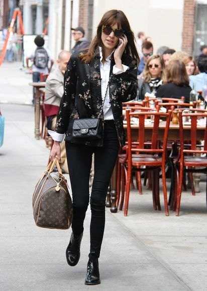 Alexa Chung shopping on the streets of New York City - April 6, 2013 - Photo: Runway Manhattan/Goff Photos