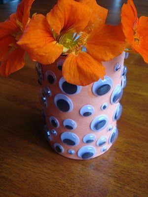 East Coast Mommy: Googly Eye Vase: East Coast, Holiday Ideas, Holiday Kids, Googly Eyes, Holidays Halloween, Preschool Halloween Ideas, Halloween Crafts