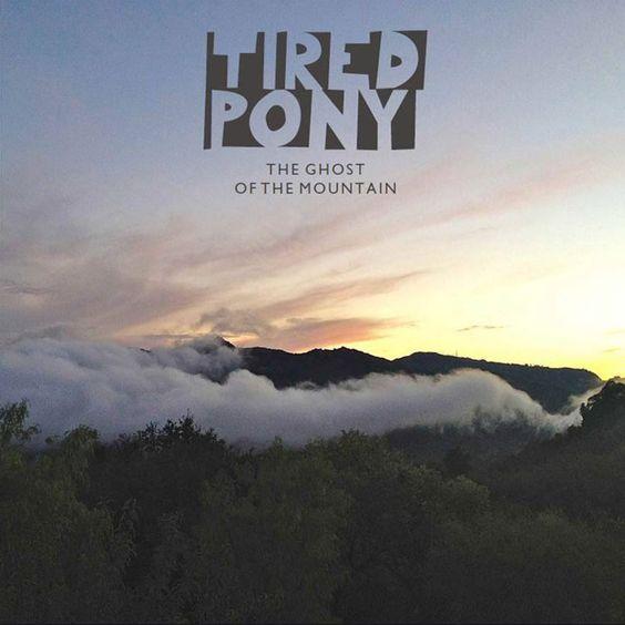"""Tired Pony um Gary Lightbody von Snow Patrol und Peter Buck von R.E.M. kündigen mit """"The Ghost Of The Mountain"""" ihr zweites Album an. Das Video zu """"All Things All At Once"""" bietet darauf einen tollen Vorgeschmack. Hier geht's zum Video: http://whitetapes.com/everything-new/tired-pony-video-zu-all-things-at-once"""