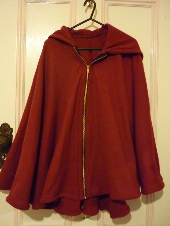 how to make cheap and easy black cloak