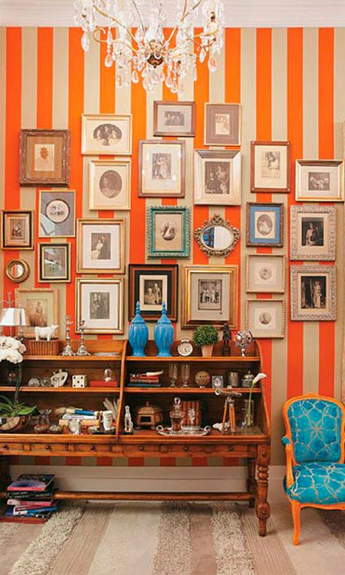 Eclectic Wall Layout In 2020 Art Gallery Wall Staircase Wall Decor Decor