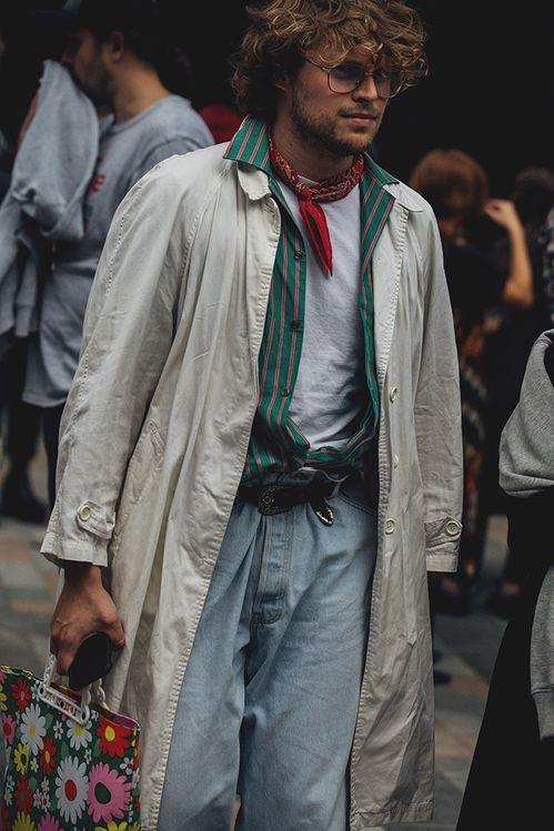 Street style à la Fashion Week homme printemps-été 2019 de Londres Crédit photo : Jonathan Daniel Pryce Suivez aussi Vogue Hommes sur Instagram