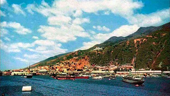 Hermosa panorámica de nuestro puerto de la Guaira. Circa 1970-1980.  ¿Qué dicen ustedes?