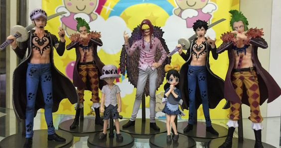 One Piece Corazon Trafalgar Law Bartolomeo Anime Collector Action Figures PVC Collection toys for gift 7 / set
