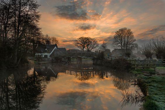 Bridge Cottage, Flatford by Nick Rowland