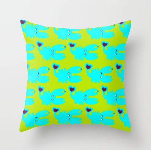 pillow CRAB by Wesna Wilson via  www.wesna-wilson.de