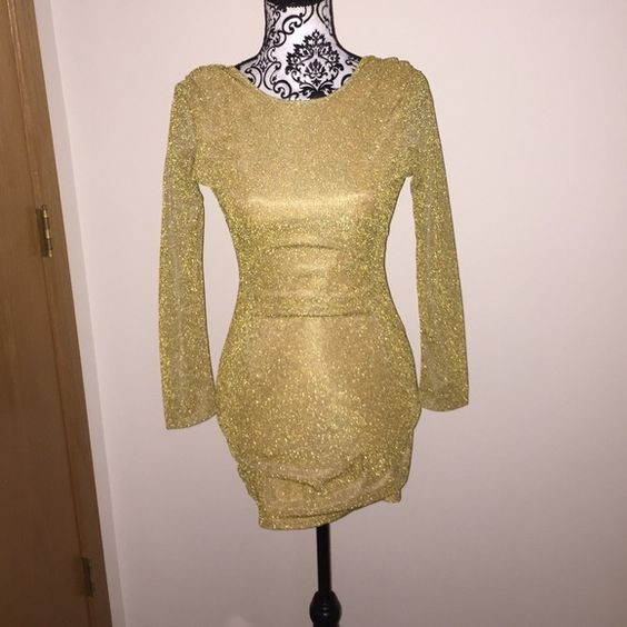 NWT small gold body con dress low back NWT small gold body con dress low back Dresses Backless