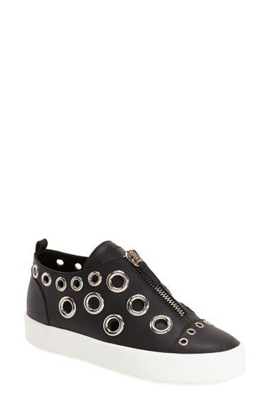 Amazing Casual Shoes