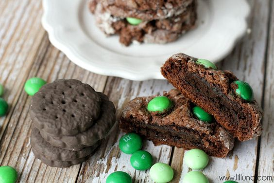 Thin Mint Stuffed Gooey Chocolate Cookies | Recipe | Thin Mints ...