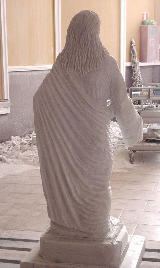 Tallado plieges del manto