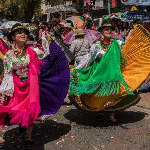 Pase Del Niño 2019 En Riobamba Comparsas Colores Y Alegría Ecuador Generaciones