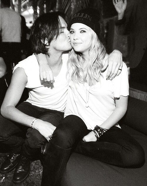 Hannah & Caleb in black & white pic: