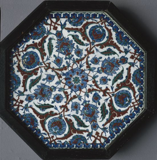 Octagonal tile panel with split-palmettes, compound flowers, and leaves | Harvard Art Museums