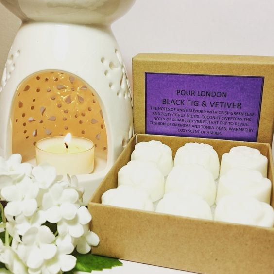 FREE UK SHIPPING! Cassis and Fig Scented Soy Wax Melts x 9 wax