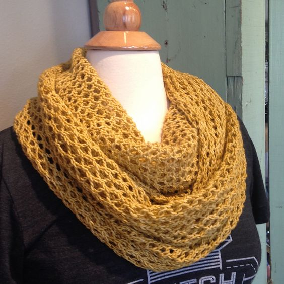 Spun Honey by Shannon Paulus | malabrigo Sock in Ochre