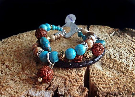 LE FRANCINE Bracelet trois rangs #bracelet #necklace #beautifully #nice #cool #billesetcie #billes #et #cie #original #jewelry #jewel #beads