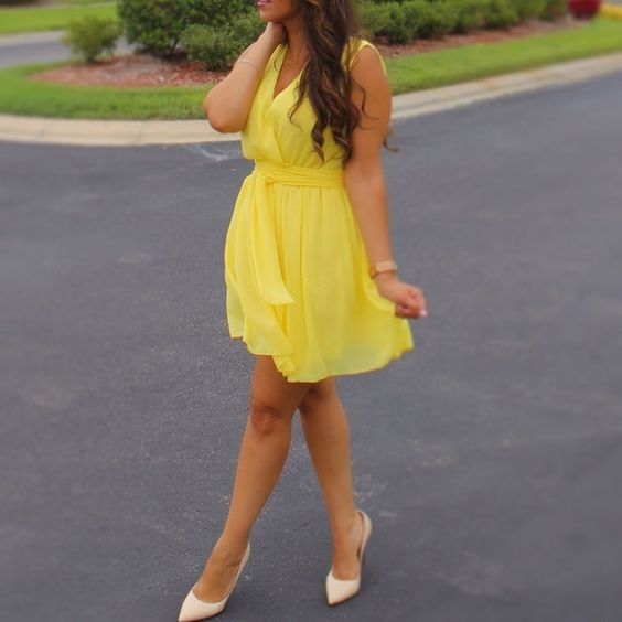 Yellow chiffon dress Beautiful yellow chiffon dress with matching sash. Dresses