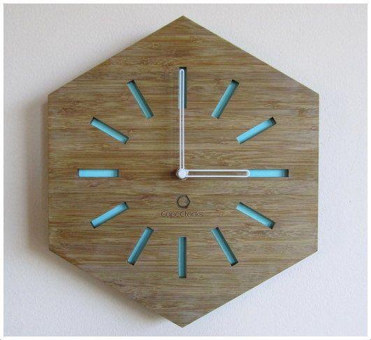Minimalistic Hexagon Bamboo Clock Chasy