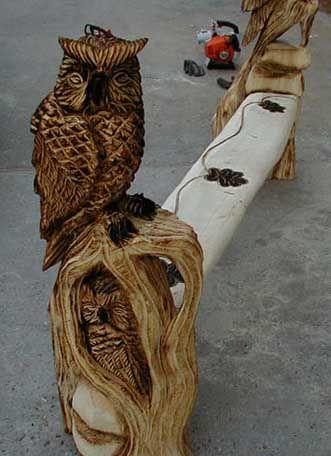 Eulen Bank owl bench Kettensägenkunst Wood Carver Chainsaw Artist Carving BaerArt Skulpturen und Totems Holger Bär Art Kunst Sculptures