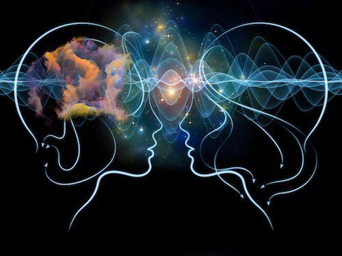 La relation entre deux flammes jumelles: c'est quoi et comment les reconnaître?