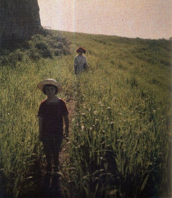 vintage everyday: 30 Stunning Color Photographs Taken by a Russian Writer From the Early 1910s That Look As Though They Were Snapped Yesterday: