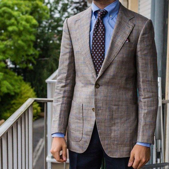 Finally time for Spring Summer fabrics - #wiwt #lookbook #apparel #mnswr #menswear #igfashion #guyswithstyle #mensfashionpost #fashion #mensfashion #gentleman #gentlemen #gentlemanstyle #ootdmen #lookoftheday #ootd #bespoke #picoftheday #amazing #bestoftheday #igdaily #beautiful #style #gent